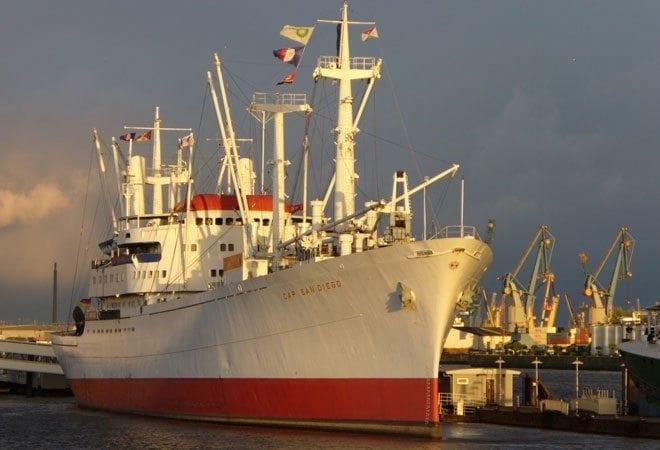 Hafen: Cap San Diego