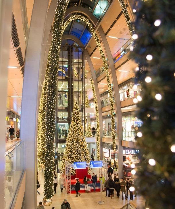 Europa Passage, Innenstadt, Weihnachten, Nuena Perlen & Schmuck