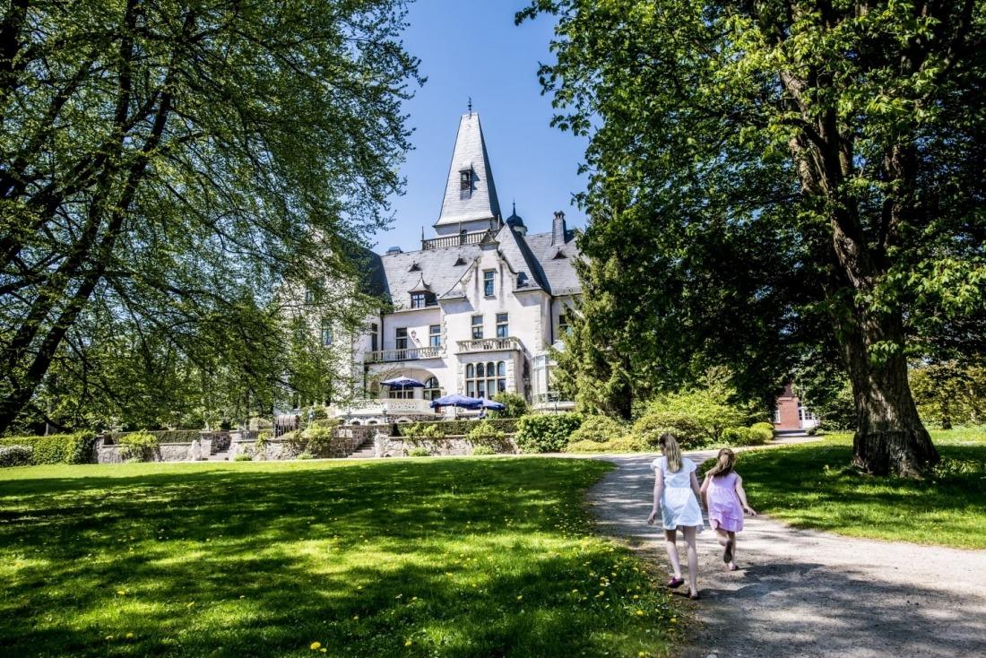 Schloss Tremsbüttel, vom Garten aus gesehen