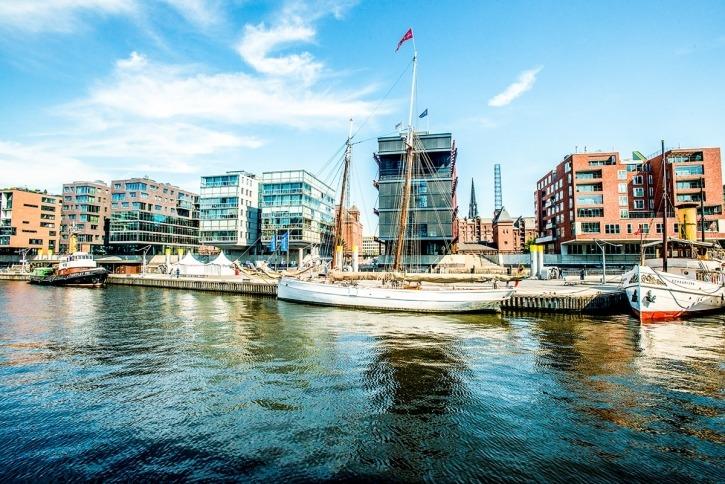 Lotsenschoner N°5 Elbe, HafenCity