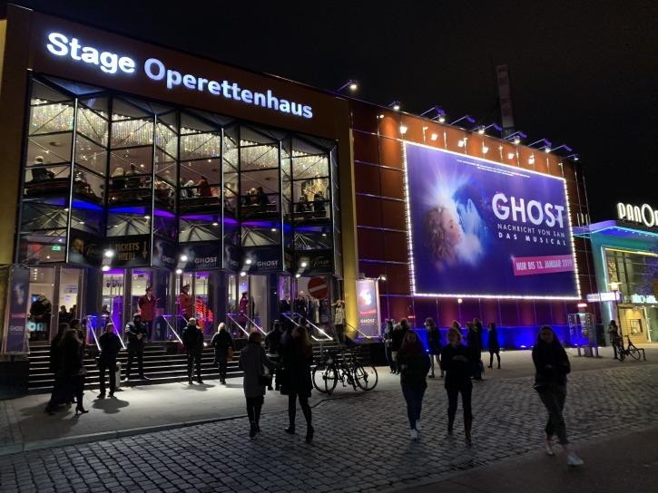 Standing Ovations bei der Premiere von Ghost im Stage Operettenhaus