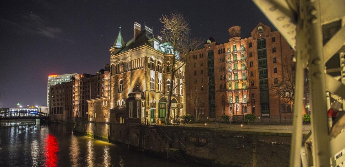 Die schönsten Seiten der Stadt: Wasserschloss in der Speicherstadt