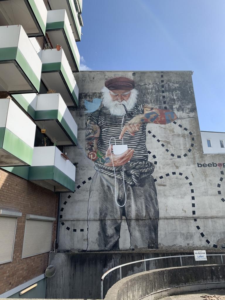 Kunst am Bau: Mural an der Lippmannstraße