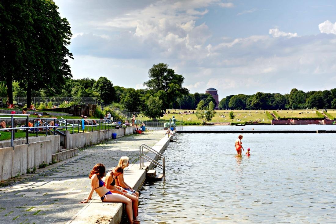 Schwimmbäder in Hamburg: der Stadtparksee