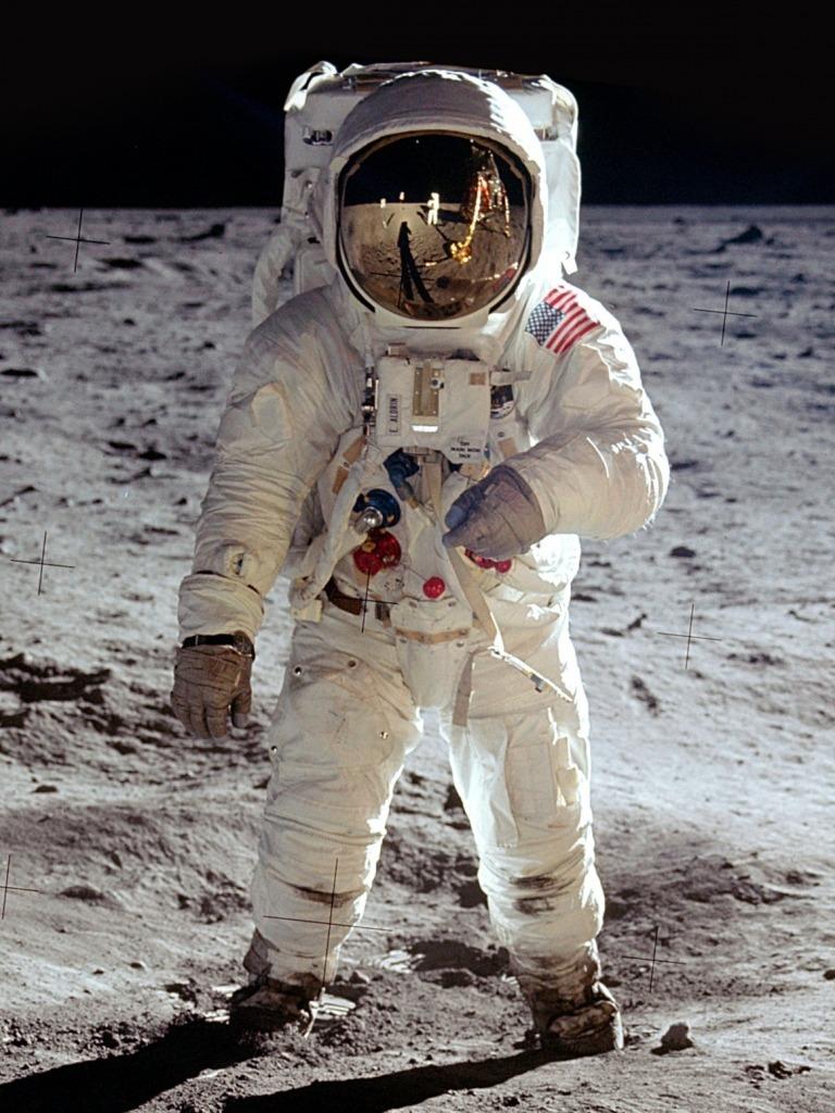 Planetarium: Buzz Aldrin auf dem Mond