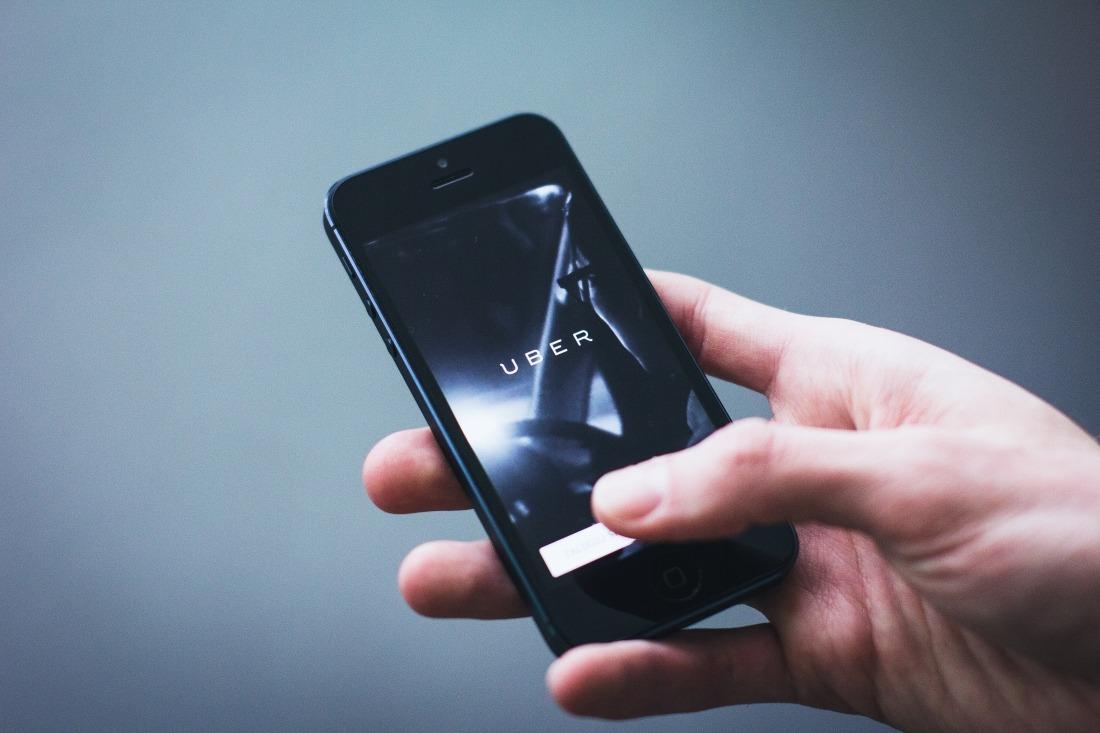 Uber: Handy mit der App