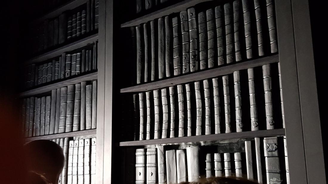 Märchenwelten: die Bibliothek