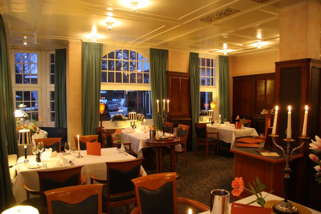 Weihnachts-Genuss: das Hotelrestaurant von innen