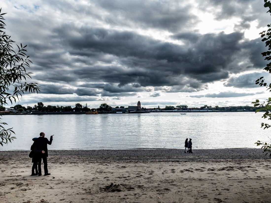 Sehnsuchtsort Elbstrand – in Hamburg ein Muss zum spazieren gehen