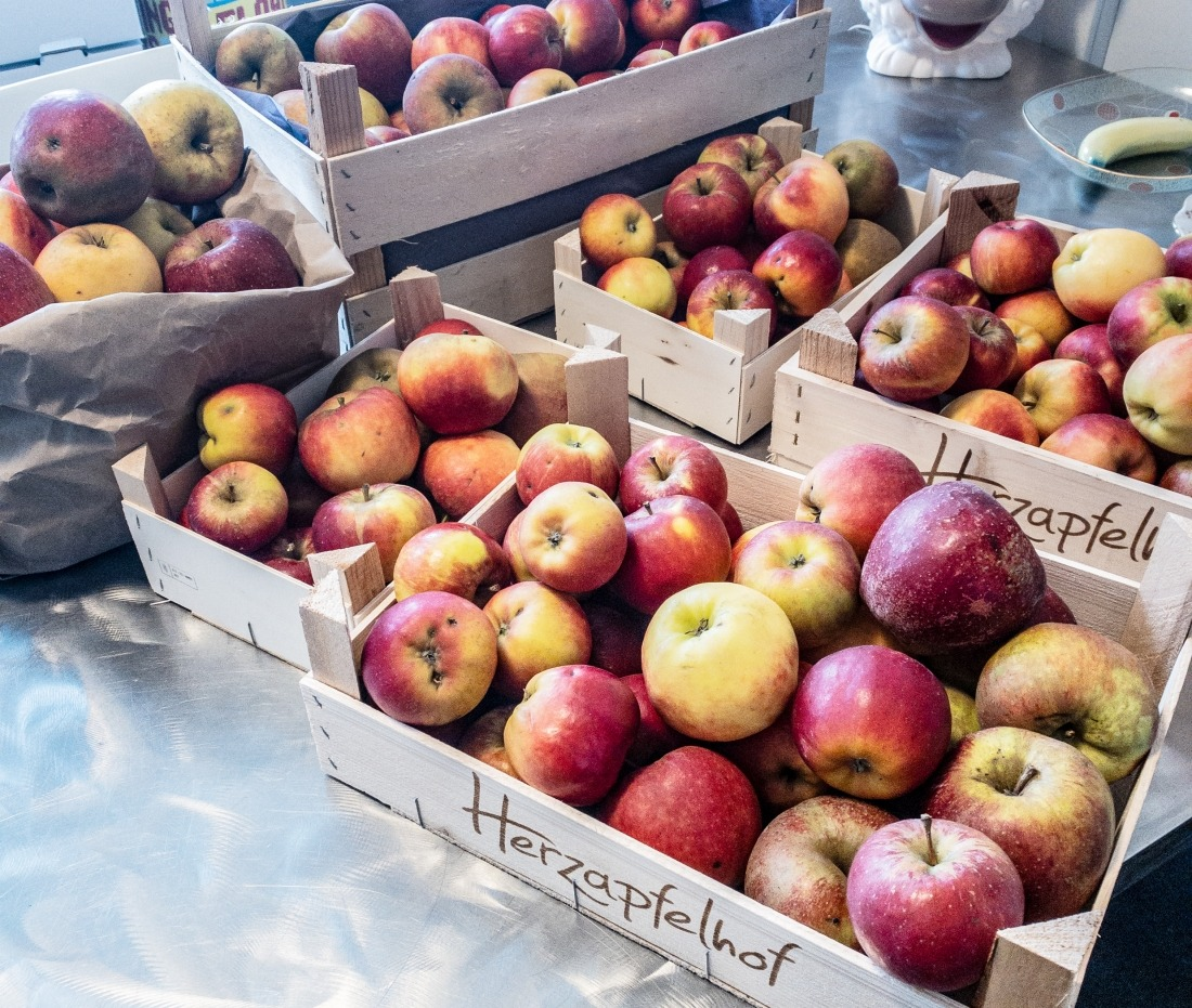 Erältungswetter: Apfelkörbe
