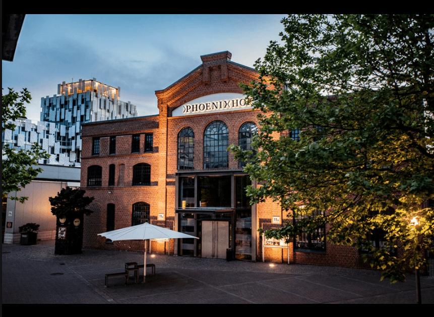 Phönixhof: Außenansicht