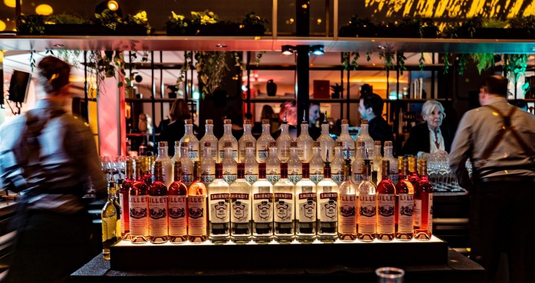Crowne Plaza: Bar