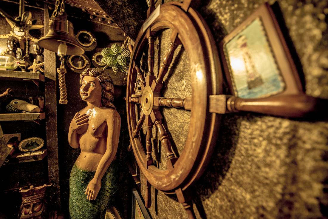 Harrys Hafenbasar: Galionsfigur und Steuerrad
