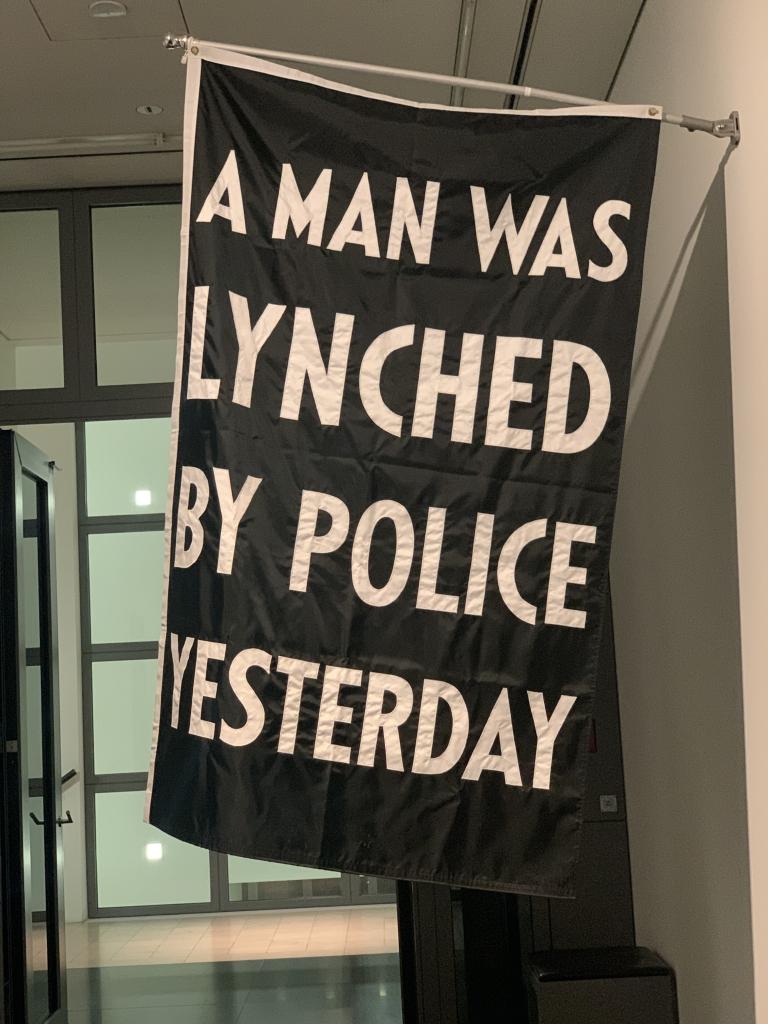 Trauern: Gedenken an Lynchmob-Opfer