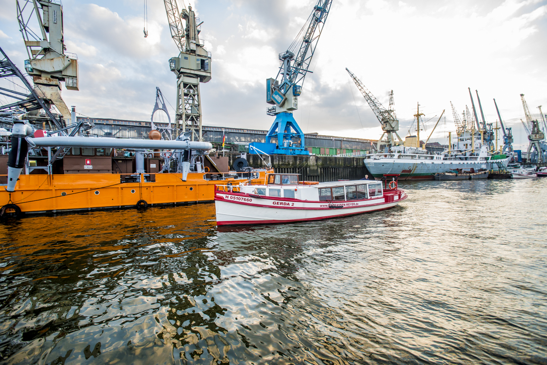 Bakassen-Meyer: Hafenkräne