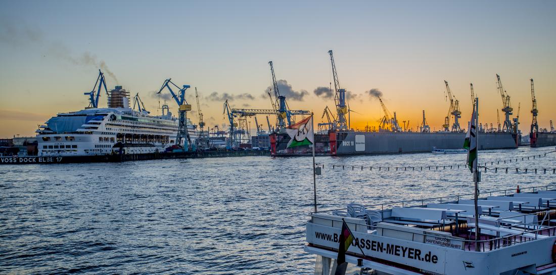 Der Hafen ist immer wieder für spektakuläre Ansichten gut