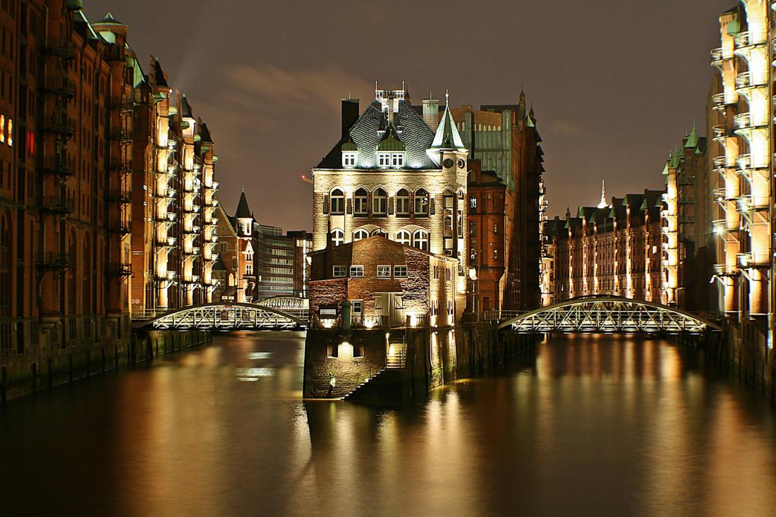 Spot an! das Wasserschloss