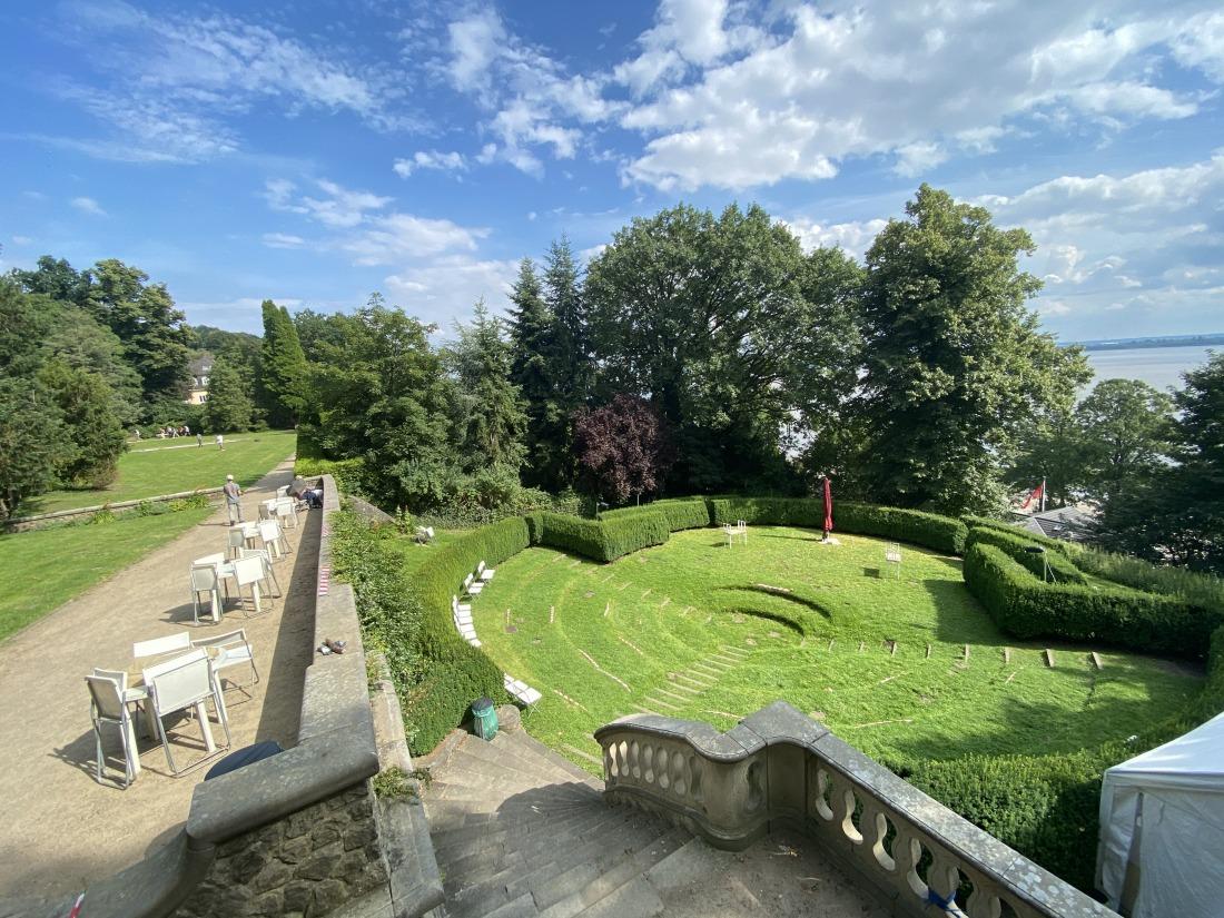 Hansatisch: der Römische Garten