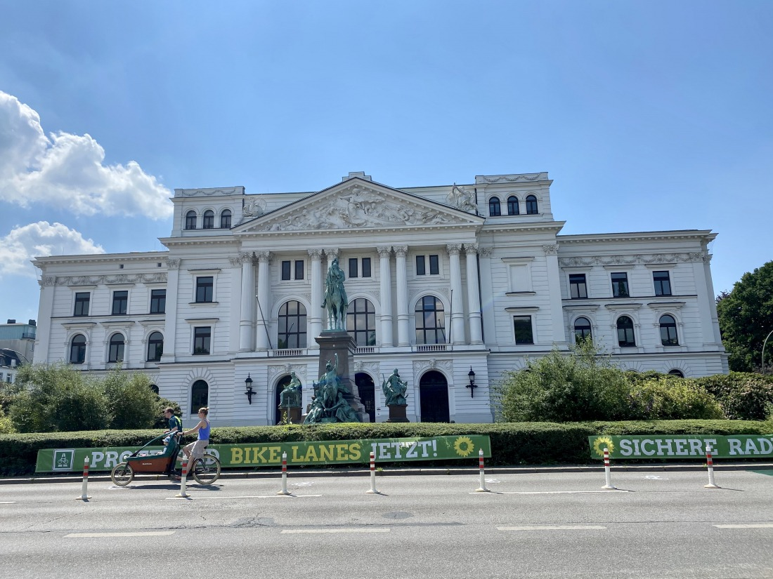 Unterwegs in Altona: das Rathaus