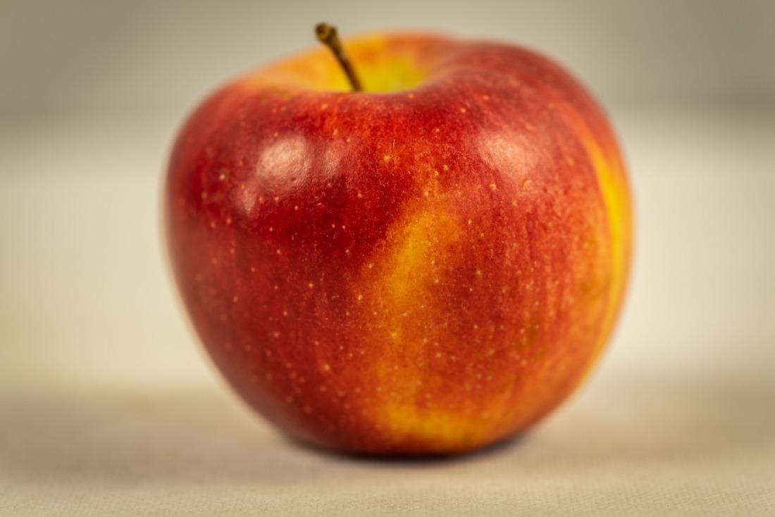 Frische Äpfel: der Braeburn