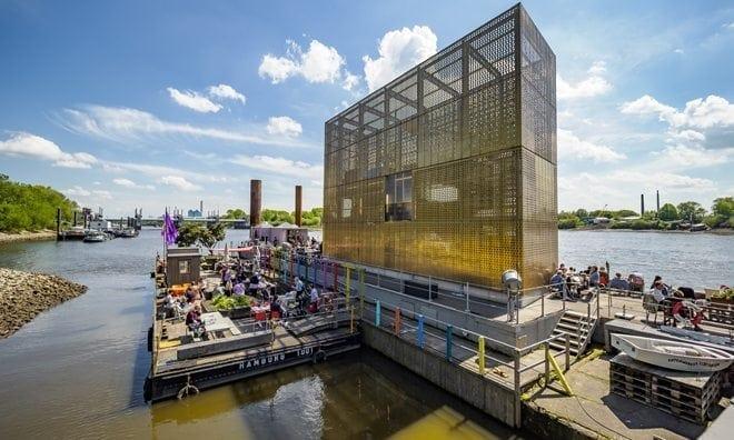 Oktober: der goldene Pavillon von Entenwerder