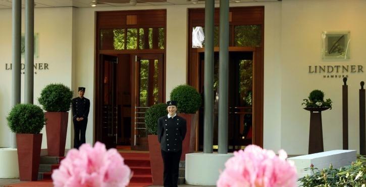 Der Eingang zum Hotel Lindtner