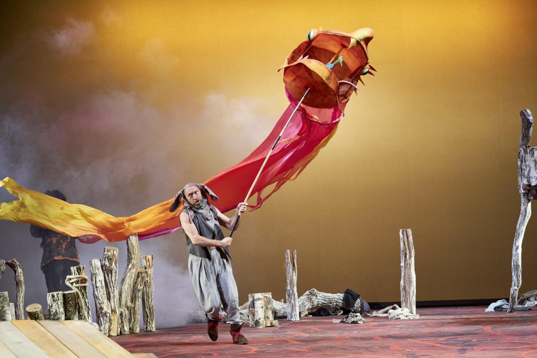 Auch das Ernst-Deutsch-Theater kommt nach Hause