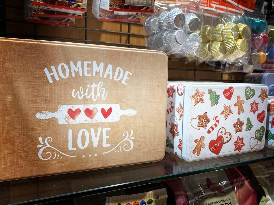 Laegel; Dekorative Bleckdosen für die Kekse