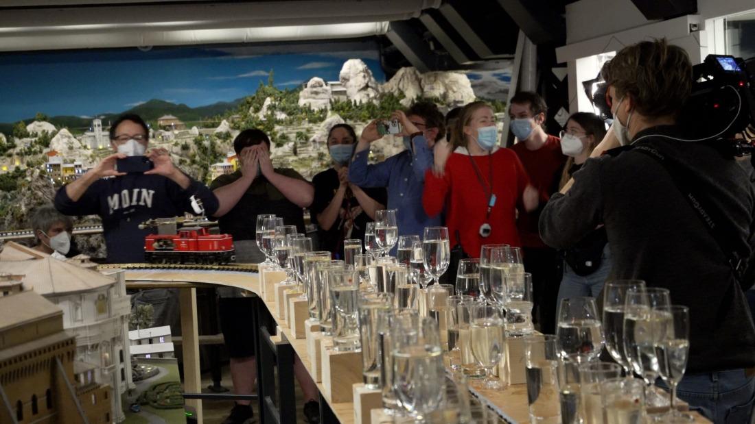 Weltrekord: Das Team vom Miniatur Wunderland bei der Premiere